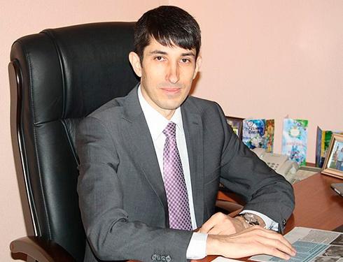 Порошенко призначив губернатором Кіровоградщини екс-регіонала, який голосував за диктаторські закони - фото