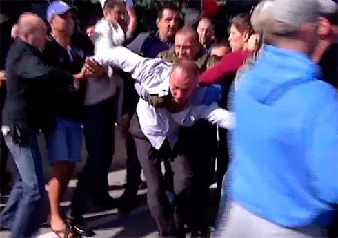 В Одесі побили Нестора Шуфрича - фото