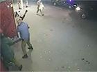 Бійці «Оплоту» жорстоко б'ють мирних людей – відео
