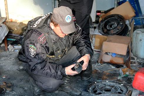 На СТО намагалися розібрати боєзаряд від гранатомету – стався вибух, загинула людина - фото