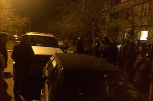 У Биківні член ДВК винесла з дільниці виборчу документацію - фото