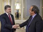 Порошенко запевнив футбольних фанів: «Крим є і буде українським»