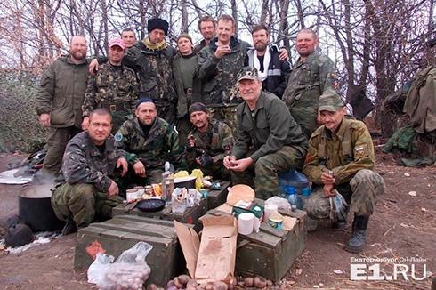 Росіяни їдуть на Донбас добровольцями і отримують за це зарплату, - голова фонду свердловських ветеранів спецназу - фото