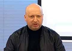 Турчинов: Активізувати наступ на Донбасі прийняв рішення Путін, він і несе відповідальність за те, що відбулося в Маріуполі - фото