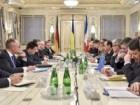 Порошенко більше 5 годин вів переговори з Меркель та Олландом