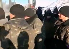 В Міноборони розповіли, скільки українських військовослужбовців потрапили в полон на Дебальцевському плацдармі - фото