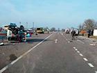 На Львівщині «швидка» зіткнулася з вантажівкою, загинула людина
