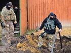 На Луганщині відкопали контрабандний нафтопровід