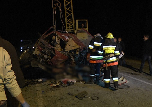 На Хмельниччині в аварії загинули 3 людини, 3 травмовано - фото