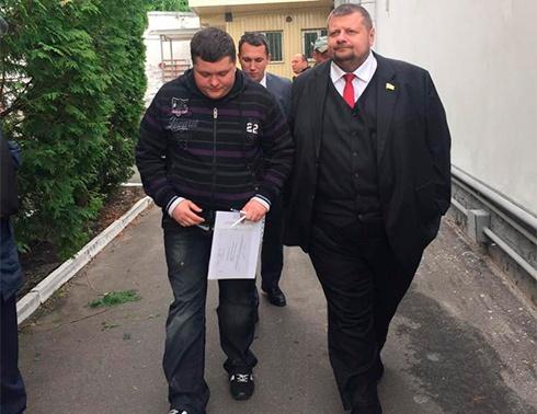 Нарешті адвоката пустили до Віти Завірюхи - фото