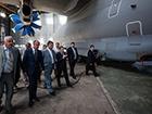 Порошенко при відвідуванні «Антонова» приділив увагу програмі імпортозаміщення