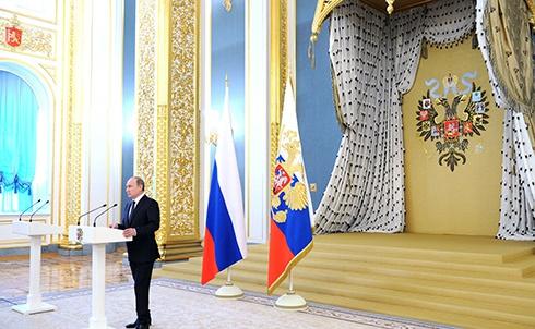Путін: У нас немає агресивних планів, тому ми озброюємося міжконтинентальною ядерною зброєю - фото