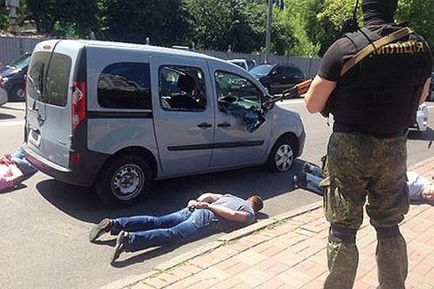 В центрі Києва стріляли – затримували банду - фото