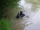 З озера «Райдужне» підняли тіло чоловіка