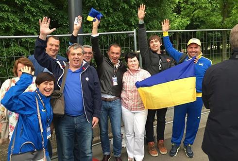 Генпрокуратура взялася за політ чиновників Ощадбанку на футбол до Варшави - фото