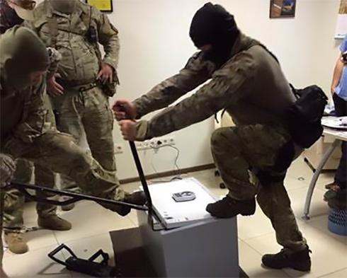 Про затримання високопосадовців прокуратури розповіли в СБУ - фото