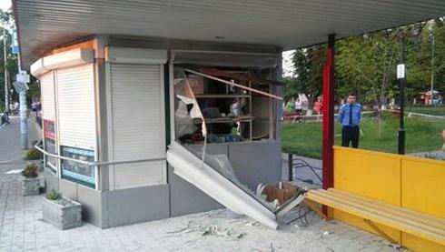 У Броварах стався вибух в кіоску, загинула людина - фото