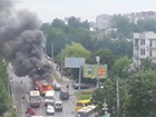 У Львові палаючий тролейбус врізався в будинок