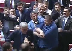 У Раді сталася штовханина між Ігорем Мусійчуком та депутатами БПП - фото