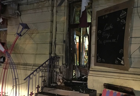 В Одесі спрацював вибуховий пристрій біля ресторану «У Ангелових» - фото