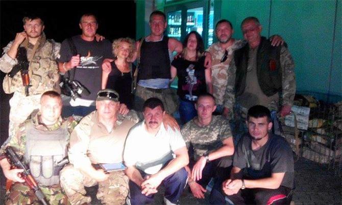 Із заручників бойовиків звільнено трьох бійців ЗСУ - фото