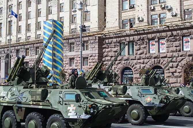 На День Незалежності військового параду не буде - фото