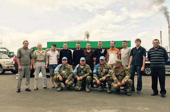 З полону звільнили 12 військових - фото