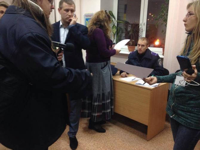 Спостерігача від «Руху за реформи» підозрюють у підкупі виборців, - Опора - фото