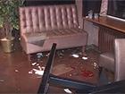 В столичному кафе кавказці влаштували стрілянину [відео з місця події]