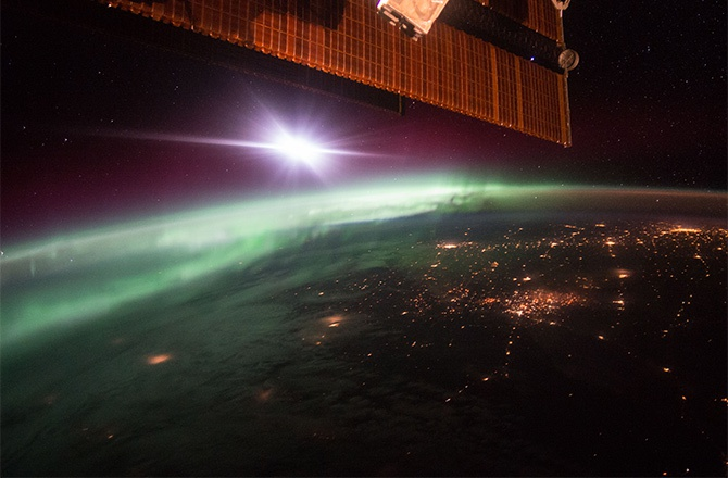 Як виглядає полярне сяйво з МКС – фото - фото
