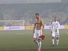 Ярмоленко викинув футболку гравця-суперника після програшу