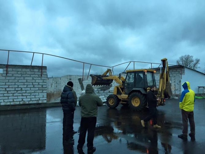 Екс-депутат Київради Самохін влаштував стрілянину на Подолі - фото