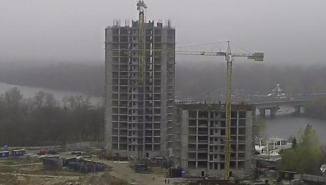 Кличка переобрали, будівництво на Микільській Слобідці поновили - фото