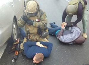 На Одещині затримали банду, яка намагалася пограбувати інкасаторів - фото