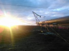 """Активісти продовжують блокувати ремонт опори ЛЕП """"Каховська-Титан"""""""
