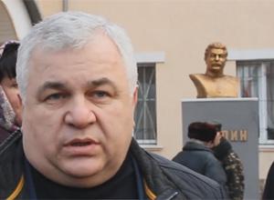 Депутати Держдуми РФ відкрили в Луганську пам'ятник Сталіну - фото