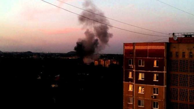 На зупинці в Донецьку стався вибух, про що заявляють в «МВС» фейкової республіки - фото