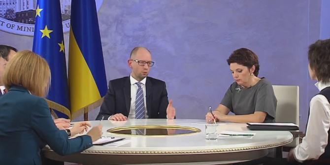 Яценюк: Енергопостачання на кримські заводи Фірташа потрібно відновити - фото