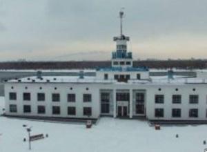 У Києві горів річковий вокзал на Поштовій площі - фото