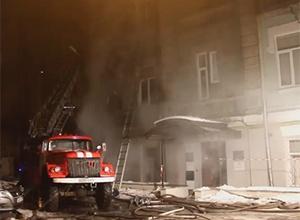 У Києві в будинку на Михайлівській сталися пожежа і вибух, загинула жінка - фото