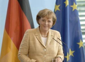 Меркель попросила Путіна скористатися своїм впливом на сепаратистів - фото