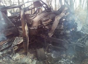 На Донбасі підірвалася вантажівка з українськими бійцями - фото