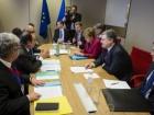Оланд та Меркель підтвердили, що не зніматимуть санкції з Росії доки та не виконає Мінські домовленості