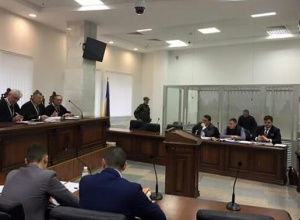 Патрульного Олійника відпустили під домашній арешт - фото