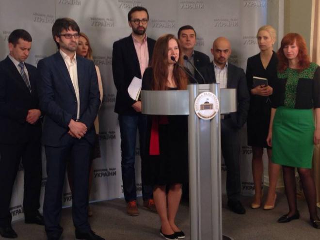 Адвокати: заступник генпрокурора Столярчук тисне на слідчих, що розслідують справи Майдану - фото
