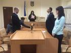 Суд зобов'язав Генпрокуратуру взятися за Медведчука