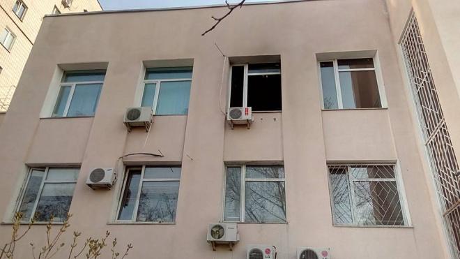 В кабінет судді ГРУшників кинули «коктейль Молотова» - фото