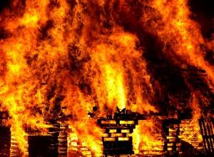 В Шабо в пожежі загинуло 6 дітей - фото