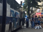 В центрі Дніпра скоїли розбійний напад на автобус