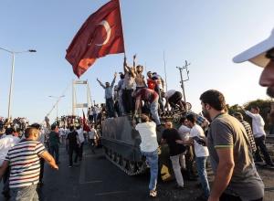 Влада Туреччини оприлюднила дані по загиблим внаслідок спроби державного перевороту - фото